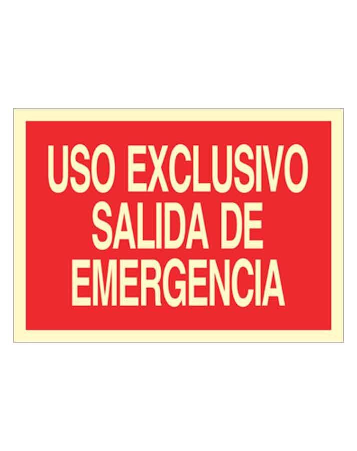 Uso exclusivo salida de emergencia es una señal de socorro apaisada
